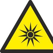 Schild Warnung vor optischer Strahlung W027