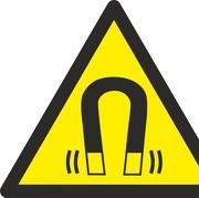Aufkleber Warnung vor magnetischem Feld W006